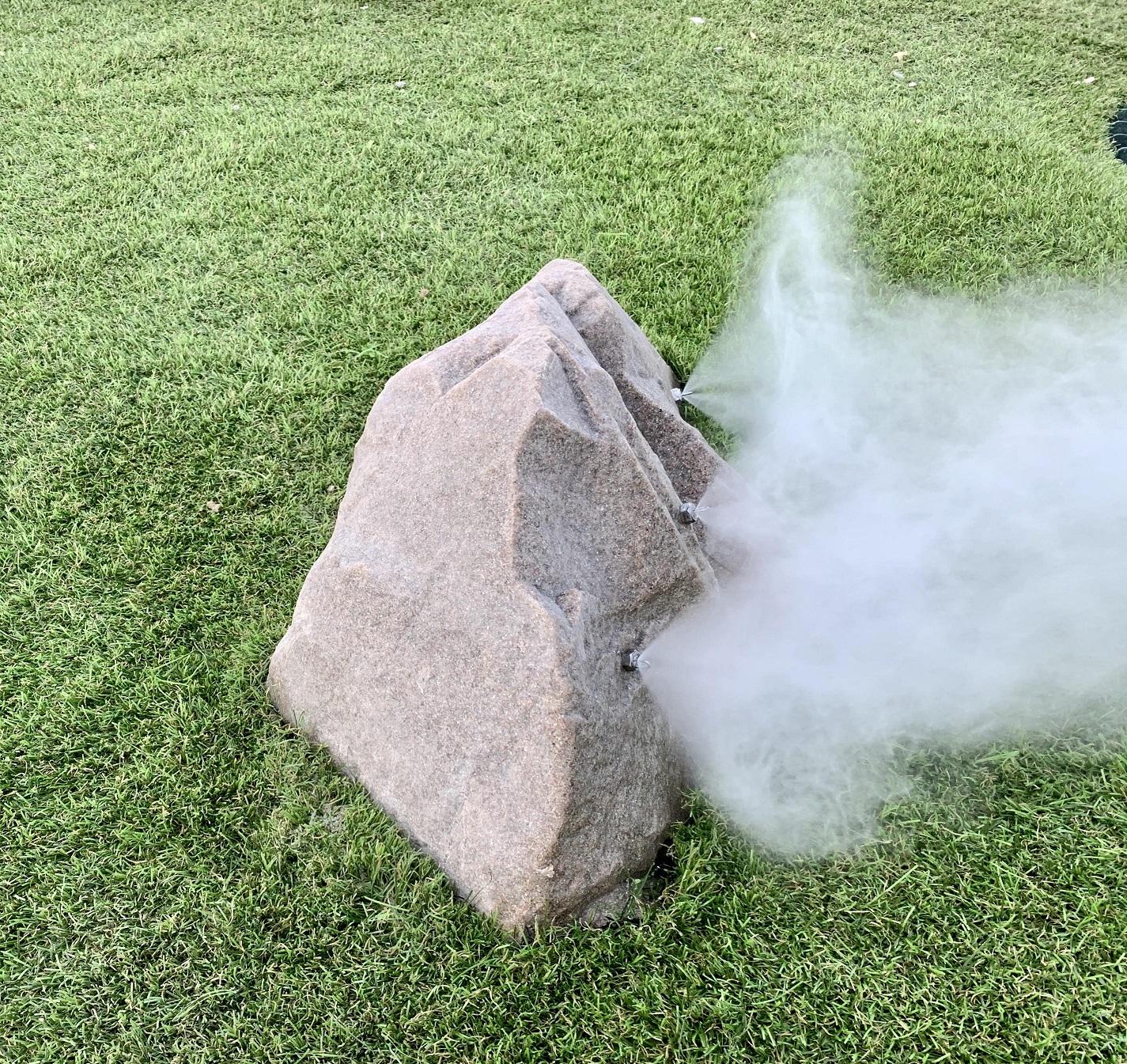 Fogging Rocks